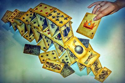 黄金多头手握三张王牌,能否突破1300就看这周!